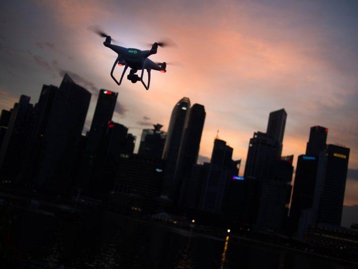 altezza massima consentita droni-distanza massima regolamento enac-distanza massima regolamento droni-limiti droni