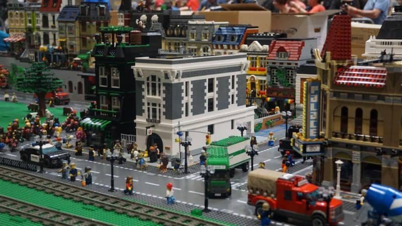 Model-Expo-Italy-Area-LEGO®-9-1024x576